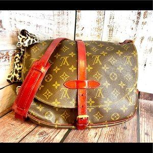 Louis Vuitton Saumur 30 Crossbody Custom